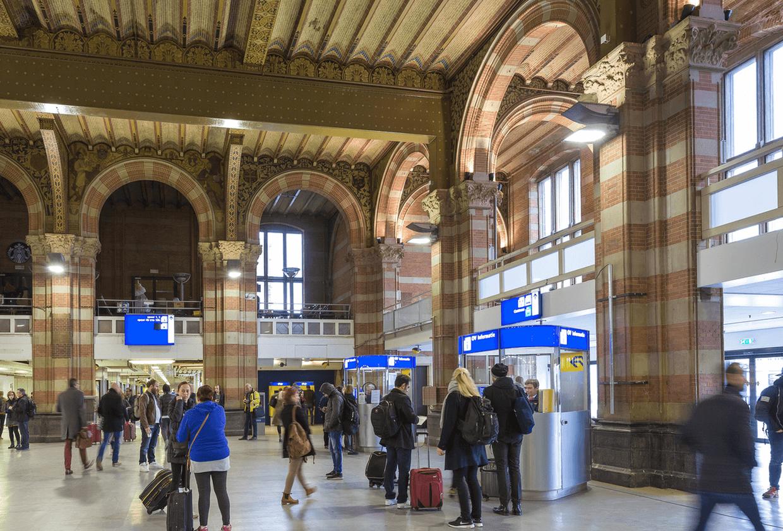 reisinformatiebalie nederlandse spoorwegen02